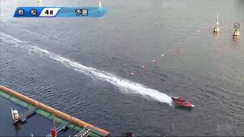 一般戦資さん杯4Rで 林祐介選手が妨害失格、3艇が転覆 3号艇羽野諒選手ゴールイン ボートレース・競艇アクシデント・事故