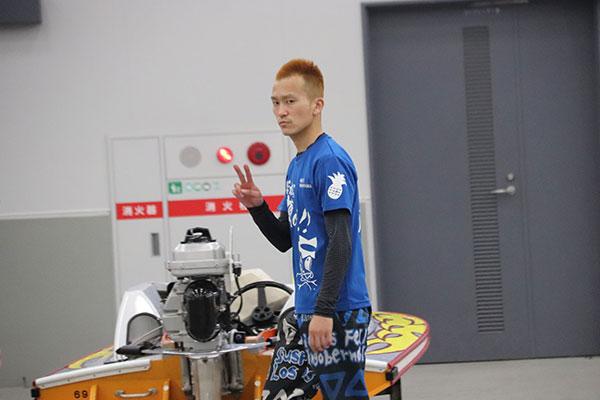 西山貴浩選手が11連勝の完全優勝達成!艇界のエンターテイナー。ボートレース大村・競艇