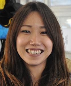 理不尽に殺処分される猫を救う活動をする「avet」に賛同する女子ボートレーサー加藤綾選手。エイベット・女子競艇選手・動物殺処分