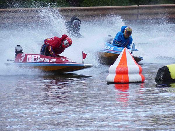 菅野はやか選手がデビュー初優勝!ウィニングラン・水神祭はなし。優出は9年ぶり、デビューから16年6ヵ月!広島支部・ボートレース戸田・ヴィーナスシリーズ・競艇