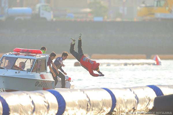 金田大輔(かねだ だいすけ)選手がデビュー初優勝で水神祭!岡山支部・ボートレース徳山・競艇