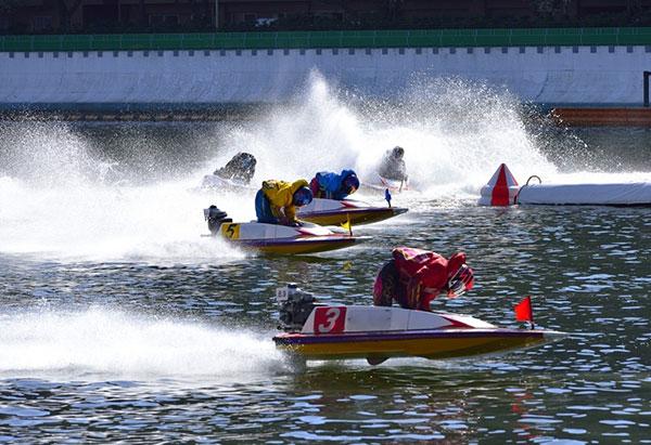 2020年の各ボートレース場売上げランキングは大村が2年連続で売上げトップ。競艇場・無観客・テレボート