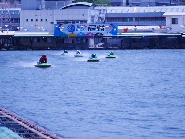 ボートレース思わぬ好況 在宅でネット投票 尼崎市の売り上げ急増