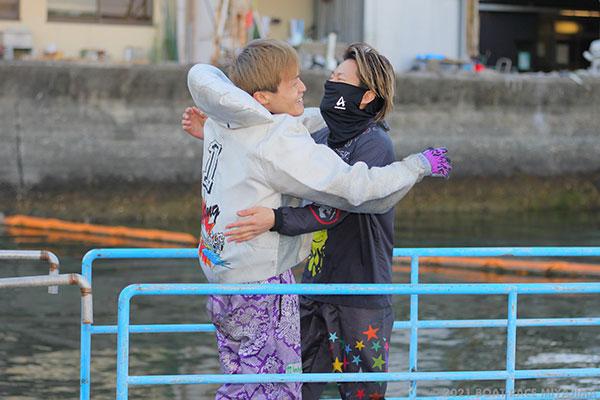 山ノ内雅人(やまのうち まさと)選手が優出8回目、デビュー10年3ヵ月で待望の初優勝!喜びのウィニングランと水神祭も。福岡支部・ボートレース宮島・競艇