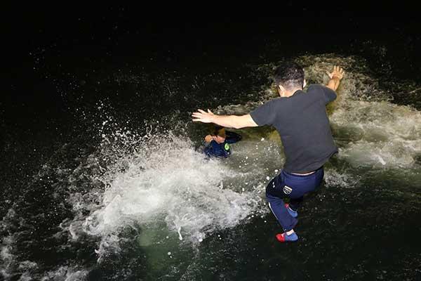 2021年5月11日山田和佐(やまだ かずさ)選手がデビュー初優勝の水神祭の様子。広島支部・ボートレース若松・競艇