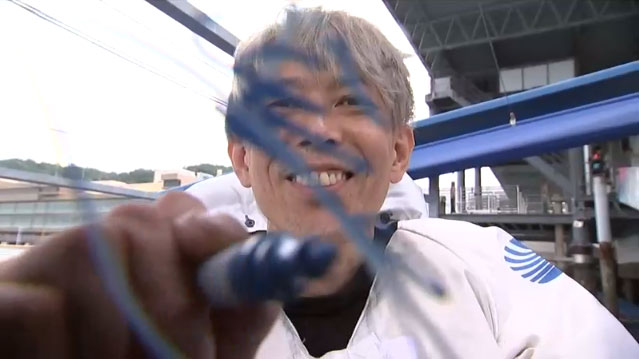 2021年SGグランドチャンピオン優勝の前本泰和(まえもと やすかず)選手のカメラサイン。広島支部・ボートレース児島・競艇