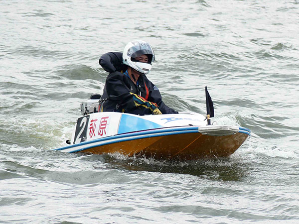 ボートレーサー萩原善行(はぎわら よしゆき)選手が引退。ラストランは戸田で。群馬支部・競艇選手